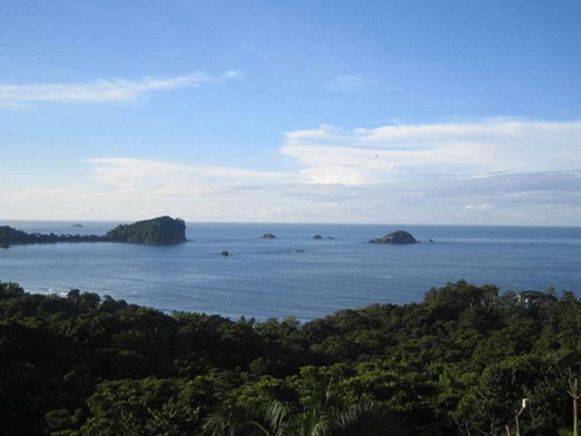 Manuel Antonio Sky View
